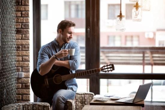 lära sig spela instrument